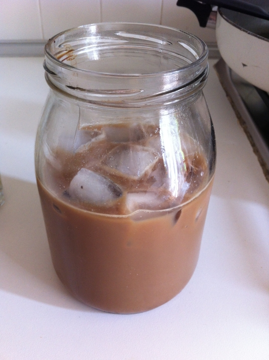 ice coffee in a jar